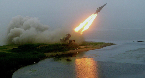 Vũ khí siêu vượt âm Nga - Mỹ: Kẻ tám lạng, người nửa cân 2