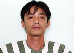 Nguyễn Văn Trọng bị bắt sau khi trộm xe ủi. Ảnh: Nguyệt Triều