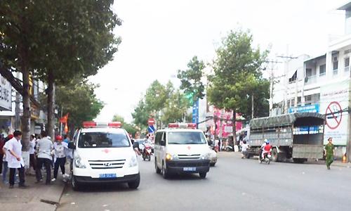Cảnh sát Cần Thơ hộ tống hơn 300 bệnh nhi về nơi điều trị mới 1