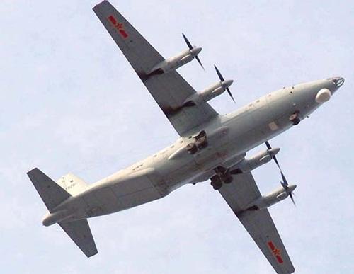 Trinh sát cơ quân sự trá hình Trung Quốc điều ra Trường Sa 2