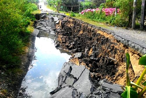 Hàng trăm hộ dân ở Cà Mau có nguy cơ mất nhà vì khô hạn 1