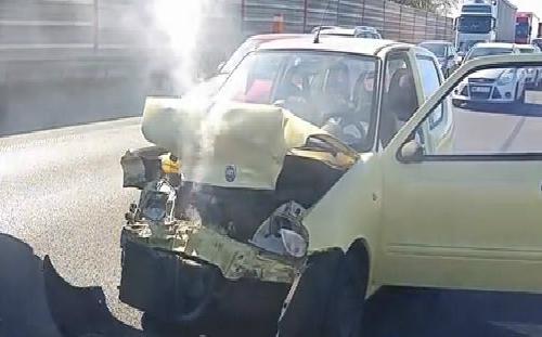 Pha lùi xe quá đà của BMW serie 7 3