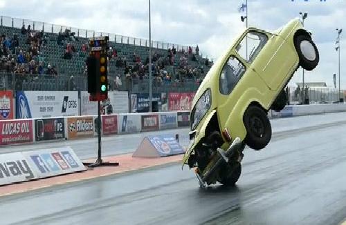 Pha lùi xe quá đà của BMW serie 7 2