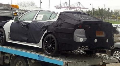 Hé lộ hình ảnh Kia GT - sedan thể thao mới 1