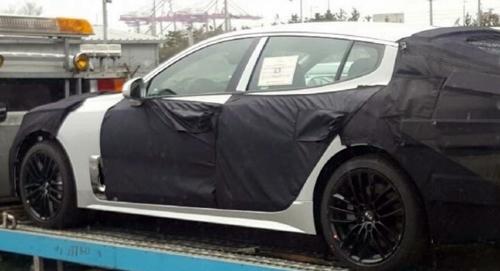Hé lộ hình ảnh Kia GT - sedan thể thao mới 2