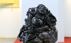 Tượng Phật bằng đá quý gần 7 tỷ đồng tại Festival Huế