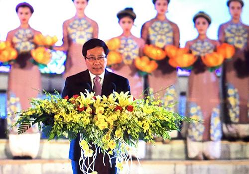 """Phó thủ tướng Phạm Bình Minh: """"Chúng ta tự hào về Huế"""" 1"""
