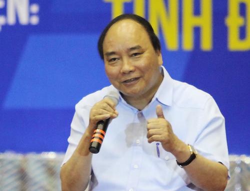 Thủ tướng Nguyễn Xuân Phúc nói chuyện với 3.000 công nhân 2