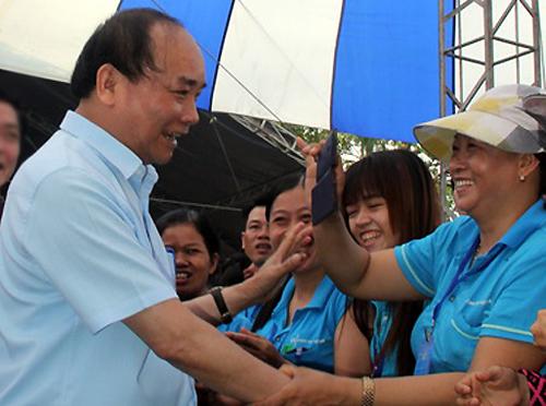Thủ tướng Nguyễn Xuân Phúc nói chuyện với 3.000 công nhân 1