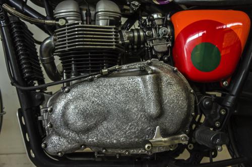 Triumph Scrambler 2006 độ máy lạ 8