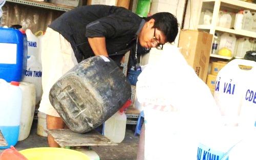 Tổng kiểm tra chợ hóa chất lớn nhất Sài Gòn 1