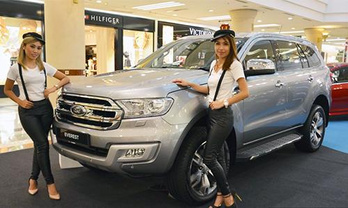 Ford Everest 2016 giá từ 49.700 USD tại Malaysia 1