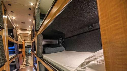 Xe khách giường nằm của Mỹ thế nào? 1