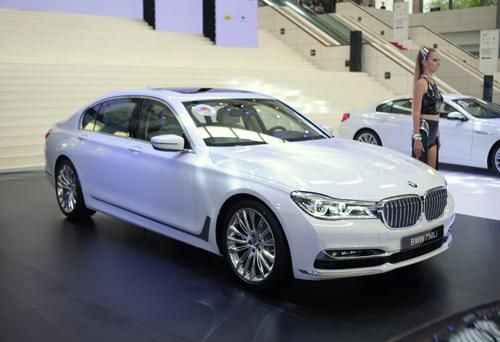 BMW 750Li giá 6,45 tỷ tại Việt Nam 1