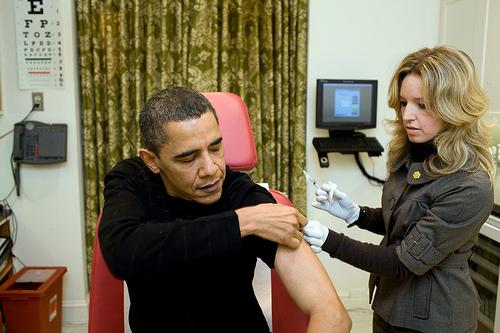 Obama được chăm sóc sức khỏe như thế nào khi công du nước ngoài