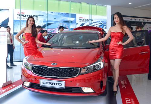 Kia Cerato mới giá 612 triệu tại Việt Nam 1