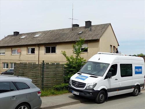 Cảnh sát Đức phối hợp đột kích hai cơ sở trồng cần sa ở thành phố Munster. Ảnh: Soester-anzeiger