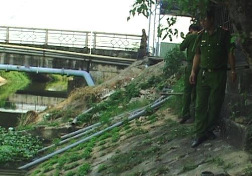 Hai quán nhậu ở Huế bị bắt quả tang xả thải bẩn 1