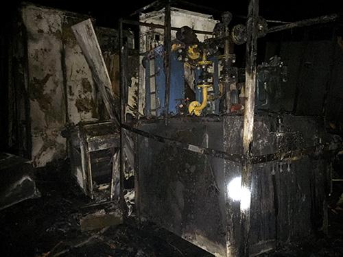 Nhà máy thép nghìn tỷ bỏ hoang bốc cháy trong đêm 2