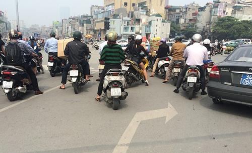 Những lỗi tài xế Việt hay tranh cãi với CSGT 1