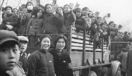 Dằn vặt của Hồng vệ binh trong Cách mạng Văn hóa Trung Quốc 2