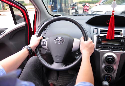Tài xế Việt đang sai tư thế lái ôtô? 3