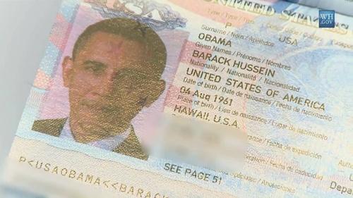Cuốn hộ chiếu Obama mang theo khi công du nước ngoài 1