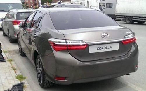Toyota Altis 2017 lần đầu xuất hiện trên phố 2