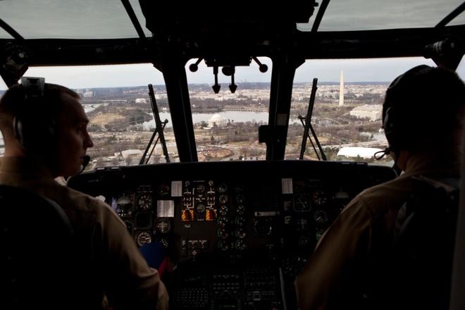 Trực thăng hộ tống Tổng thống Mỹ Obama chạy thử ở Nội Bài - ảnh 8