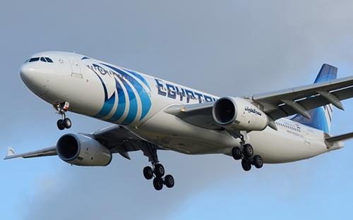 Máy bay chở khách Ai Cập khởi hành từ Paris mất tích