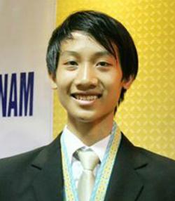 Chàng trai chuyên Toán giành huy chương vàng môn Tin học