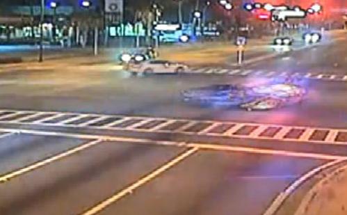 Dàn cảnh va chạm giao thông để cướp ôtô 2