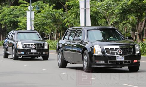 Bốn chiếc The Beast của tổng thống Mỹ đến Việt Nam 1