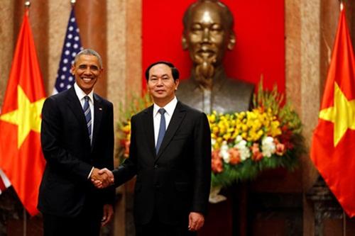 Động cơ thúc đẩy ông Obama bỏ cấm vận vũ khí với Việt Nam 1