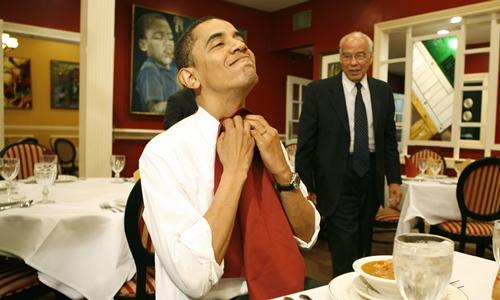 Sở thích ăn cay và uống bia của Obama 1