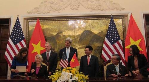 Việt - Mỹ ký thỏa thuận về chương trình hòa bình 1