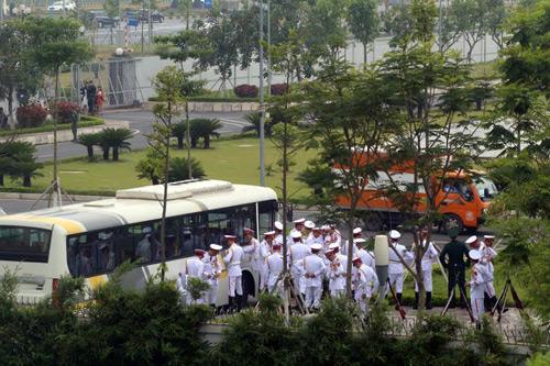 Tổng thống Mỹ rời Hà Nội muộn hơn lịch trình 3