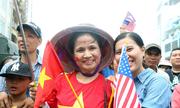 Người Sài Gòn ra đường đón Tổng thống Obama