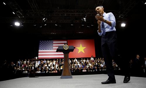 Báo Mỹ chú ý đến màn beat box của ông Obama tại Sài Gòn 1