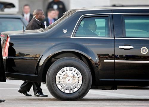 Cadillac chở Tổng thống Mỹ dùng lốp gì? 1