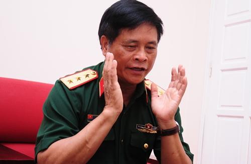 Tướng Võ Tiến Trung: Không nên mua vũ khí, chỉ mua phương tiện Mỹ 1
