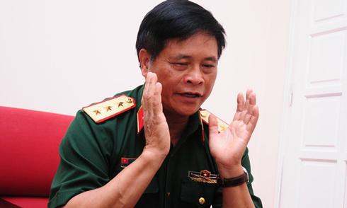 Tướng Võ Tiến Trung: Không nên mua vũ khí, chỉ mua phương tiện Mỹ
