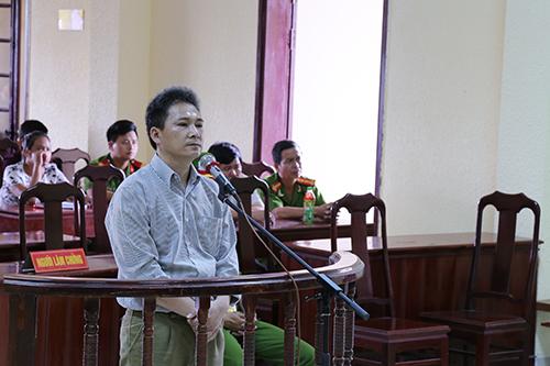thuong-uy-cong-an-no-3-phat-sung-ban-chet-cap-tren