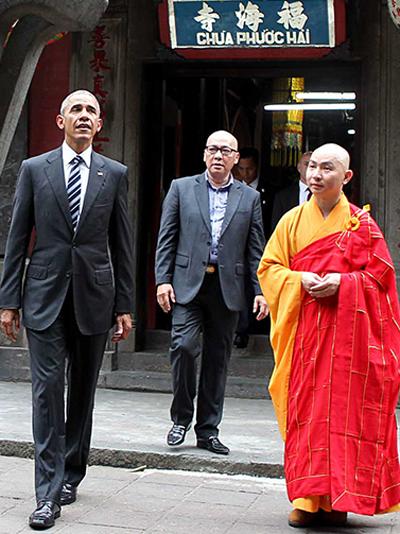 Ba tuần chuẩn bị cho 10 phút đón ông Obama ở chùa Ngọc Hoàng 1