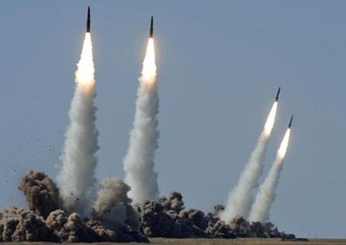 Iskander - vũ khí có thể xuyên thủng lá chắn tên lửa Mỹ ở Romania 1