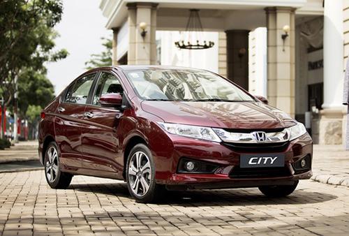 Giá ôtô ở Việt Nam phải cõng bao nhiêu thuế, phí? 4