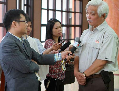 """Ông Dương Trung Quốc: """"Xã hội phân tâm sẽ là điều nguy hại"""" 1"""