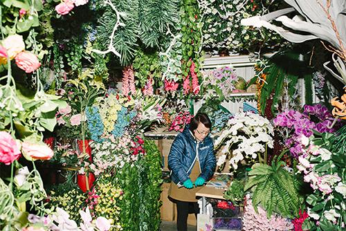 Nhiều người Việt ở Berlin làm việc ở các cửa hàng hoa từ sáng đến tối mịt.Ảnh:Fluter