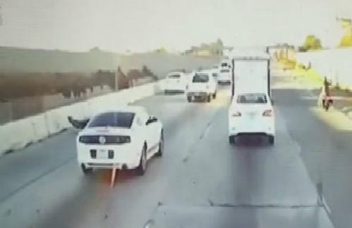 Hiểm họa chết người khi chạy nối đuôi trên cao tốc 5