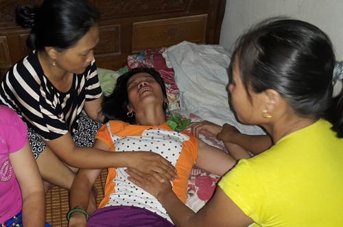 Nỗi đau gia đình có người thân tử nạn trên chuyến xe ở Lào 2